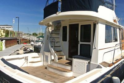 Click image for larger version  Name:starboard cockpit.jpg Views:52 Size:51.0 KB ID:86190