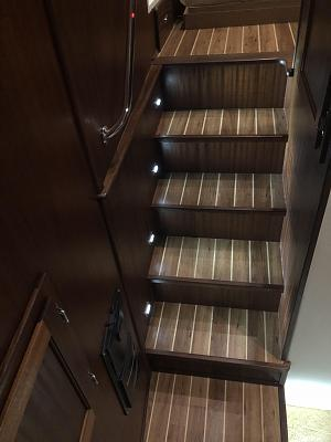 Click image for larger version  Name:Stairs.jpg Views:131 Size:80.0 KB ID:86767