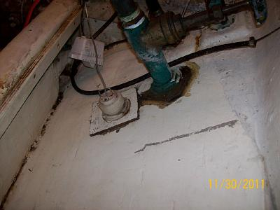 Click image for larger version  Name:clean-up holding tank.jpg Views:179 Size:140.9 KB ID:8763