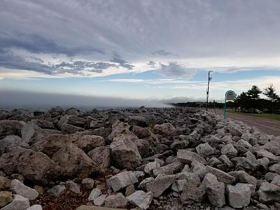 Click image for larger version  Name:Fog bank rollin in off Lake Michigan.jpg Views:27 Size:129.5 KB ID:95101