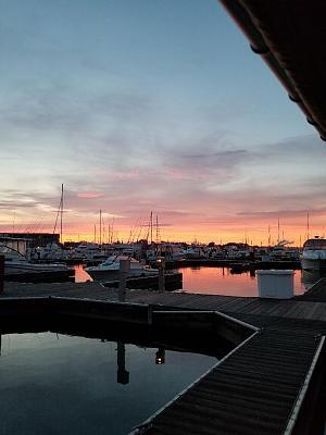 Click image for larger version  Name:Racine Harbor at Dusk.jpg Views:33 Size:87.2 KB ID:95103