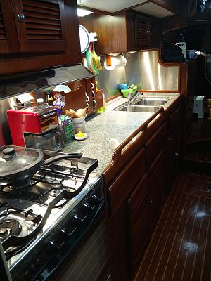 Click image for larger version  Name:Galley Looking towards Bow.jpg Views:244 Size:138.4 KB ID:95208