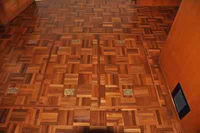 Click image for larger version  Name:Saloon Floor refinish 4.jpg Views:49 Size:112.6 KB ID:95788