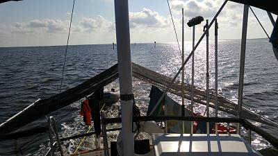 Click image for larger version  Name:Returning from Sea and Sun.jpg Views:127 Size:136.7 KB ID:96378