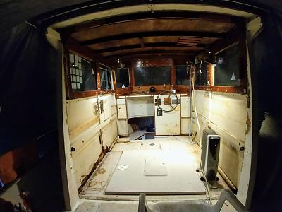 Click image for larger version  Name:cabin interior gutted.jpg Views:45 Size:98.1 KB ID:96654