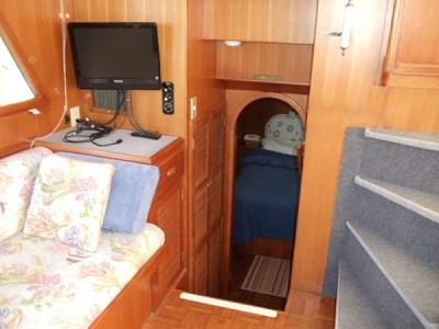 Click image for larger version  Name:boat 3.jpg Views:245 Size:48.2 KB ID:9699