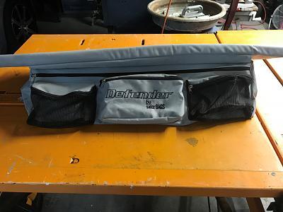 Click image for larger version  Name:Defender Dinghy Seat & Storage bag.jpg Views:36 Size:100.9 KB ID:98564