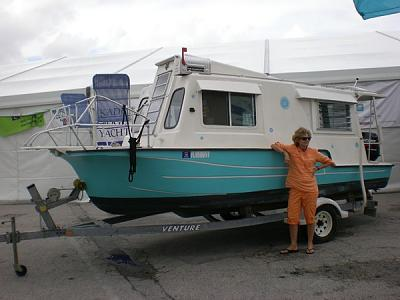 Click image for larger version  Name:live aboard.jpg Views:131 Size:61.1 KB ID:9979
